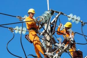 Thủ tướng yêu cầu Bộ Công thương chỉ đạo EVN tiếp tục không tăng giá điện