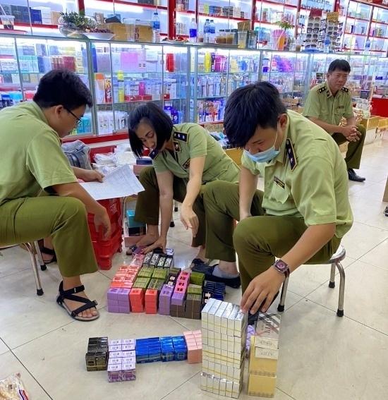 TP. Hồ Chí Minh: Dồn lực kiểm tra và xử lý nghiêm vấn nạn hàng giả