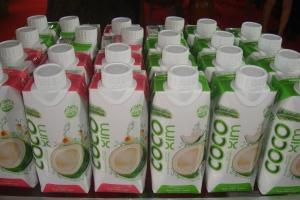 Dừa đóng hộp Cocoxim nâng tầm đặc sản Bến Tre