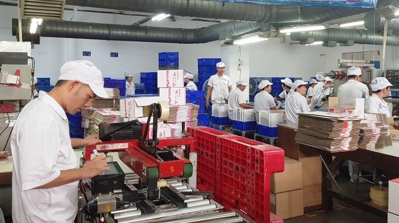 Phục hồi và giữ nhịp tăng trưởng sản xuất công nghiệp