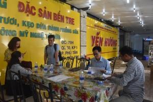 """Đánh giá 03 năm thực hiện Dự án  """"Hỗ trợ đầu tư cửa hàng bán các sản phẩm từ dừa tỉnh Bến Tre"""""""