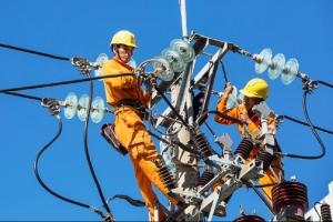 Nắng nóng cực đoan, tiêu thụ điện lần đầu tiên vượt ngưỡng 42.000 MW