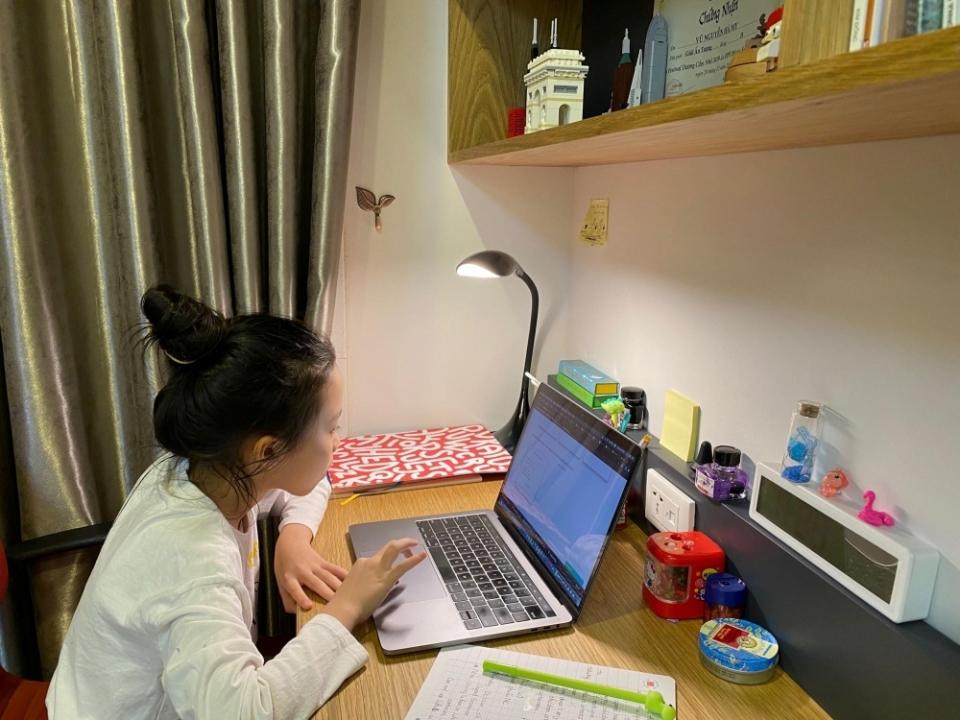 Học trực tuyến: Laptop cũ bỗng cháy hàng, khó kiếm